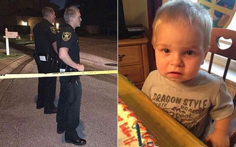 Nghịch súng của bố, bé 2 tuổi tự bắn chết mình