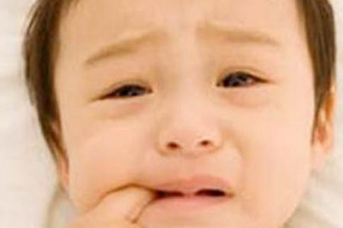 Nhầm sốt bệnh với sốt mọc răng: cẩn thận mất con!