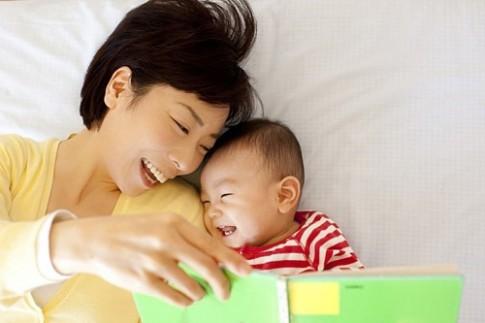 Những 'chiêu' nên và không nên để con ngủ xuyên đêm ngon lành