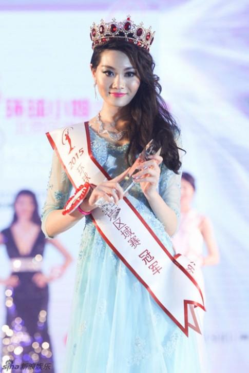 Những Hoa hậu châu Á vừa đăng quang đã bị chê