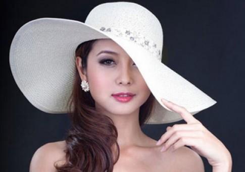 Những làn môi ai cũng muốn hôn của sao Việt