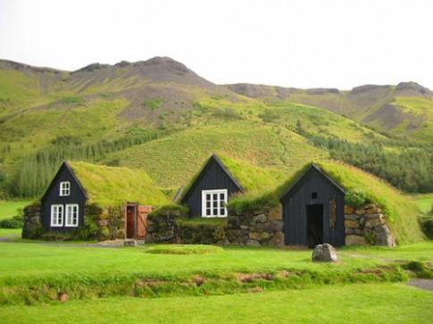 Những ngôi nhà mái cỏ độc đáo