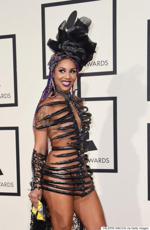 Những trang phục thảm họa tại Grammy 2016