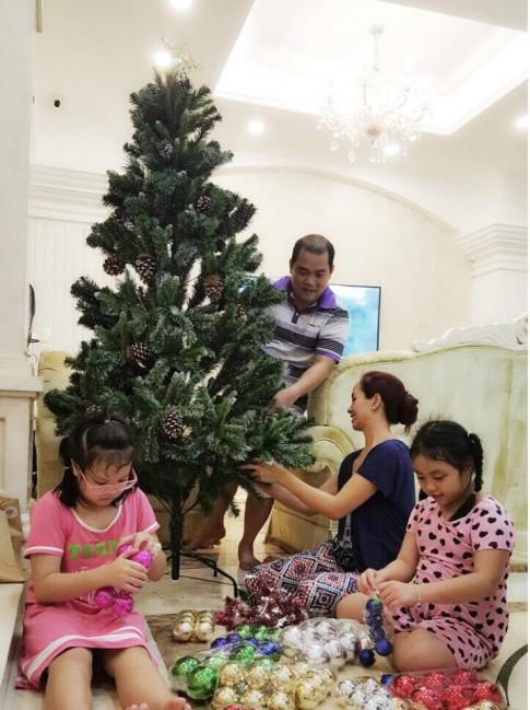 """Noel 2015 """"sang chảnh"""" của dàn nhóc tì nhà sao Việt"""