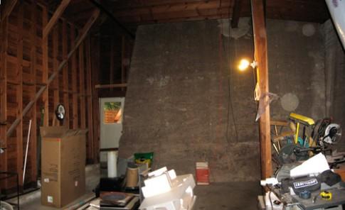 Phòng ngủ tối tăm bừng sáng sau khi sửa