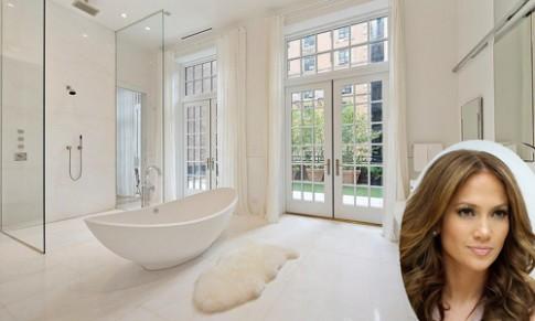 Phòng tắm của sao xa hoa như spa cao cấp