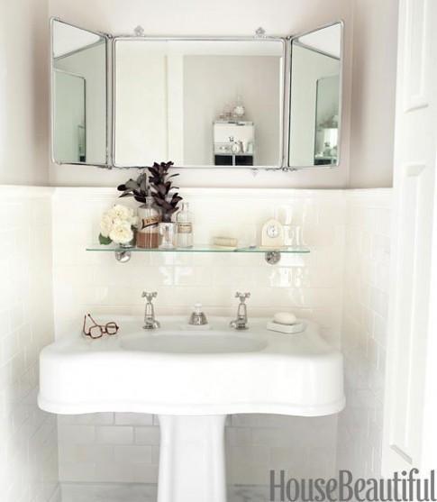 Phòng tắm nhỏ vẫn tiện ích, đáng yêu