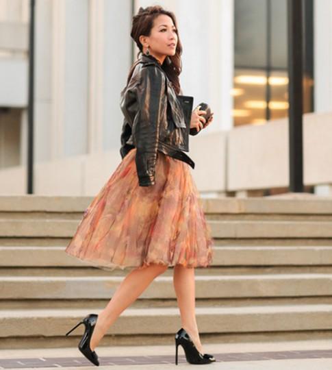 Quý cô gốc Việt cao 1m55 nhưng mặc đẹp như 1m7