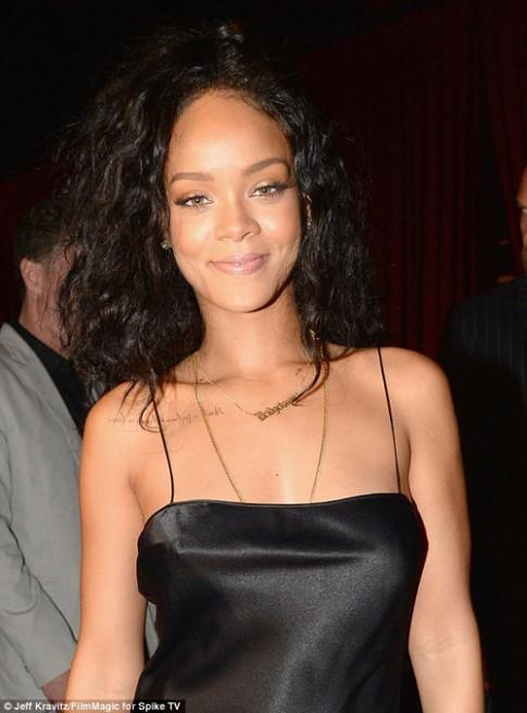 Rihanna thuê cung điện 7 triệu đô để ở