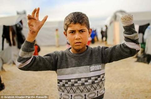 Rùng mình âm mưu đào tạo trẻ em của IS