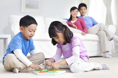 Sai lầm của bố mẹ kìm hãm trí thông minh ở con