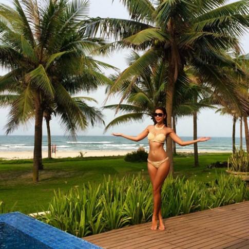 Sao Việt sexy phát ghen khi mặc bikini