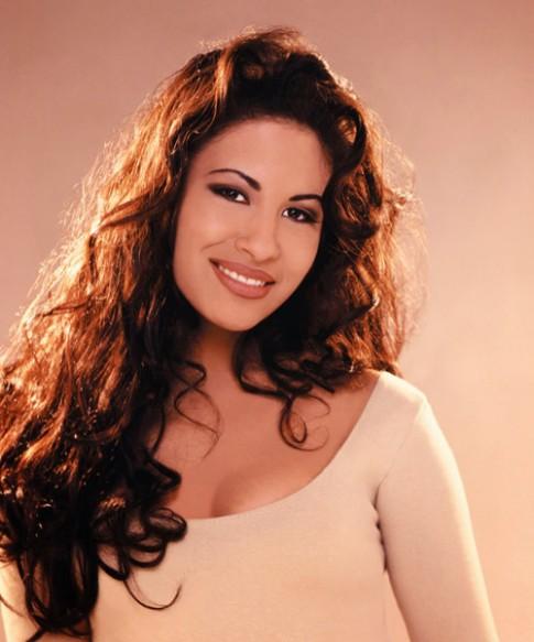 Selena: Khi thần tượng bị fan hâm mộ hại chết