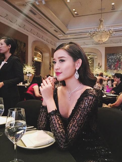 So nhan sắc mỹ nhân Việt khi bất ngờ trang điểm đậm
