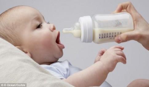 Sữa bột cho bé: trai gái phải khác nhau