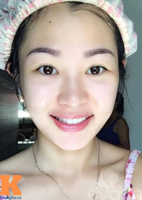 Sướng mắt ngắm bàn trang điểm của mẹ Việt ở Singapore