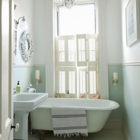 Tắm 'say mê' trong phòng tắm nhỏ tiện nghi