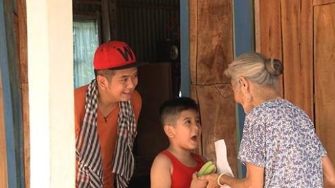 """Tập 2 Bố ơi mùa 2: """"Bé An"""" Hùng Thuận trổ tài nấu ăn thành thạo"""