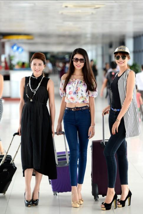Thí sinh Hoa hậu Hoàn vũ xinh như hoa tại Nha Trang
