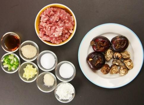 Thịt băm thập cẩm hấp đơn giản, trôi cơm