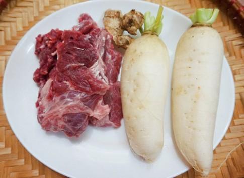 Thịt bò kho củ cải đậm đà đưa cơm