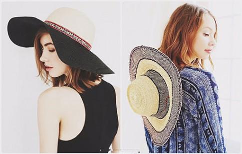 Thời trang tóc hoang dại với mũ rộng vành ngày nắng