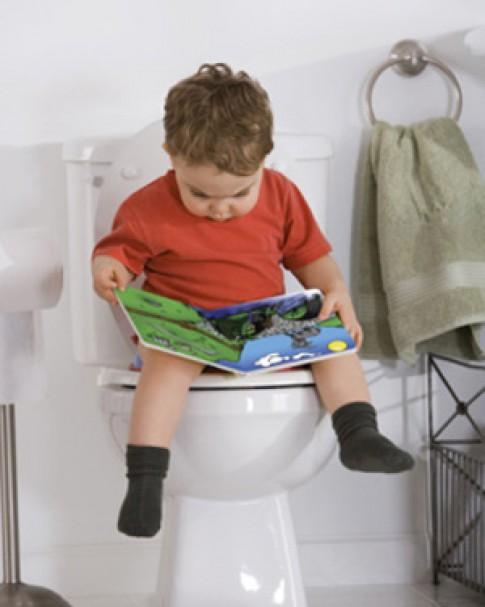 Trẻ tiểu nhiều là bất thường tiết niệu?