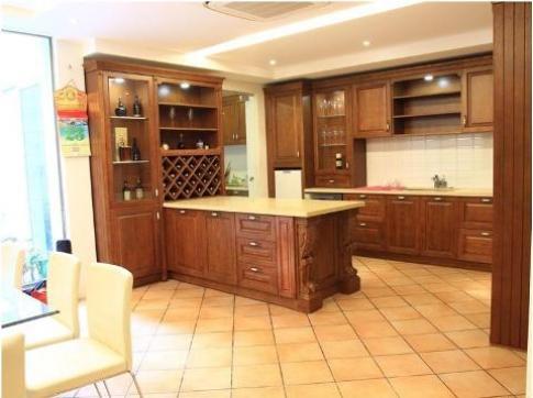Tủ bếp OPPEIN phong cách cổ điển