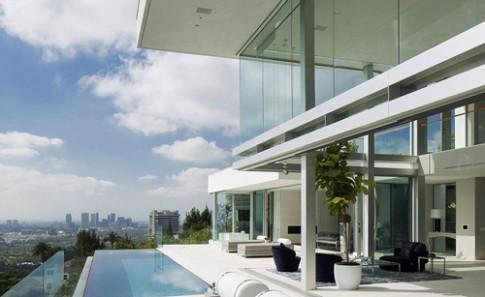 Tư dinh có bể bơi vô cực đẹp tuyệt mỹ