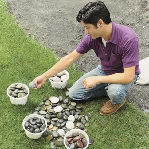 Tự làm lối đi sân vườn phong cách mosaic xoắn ốc