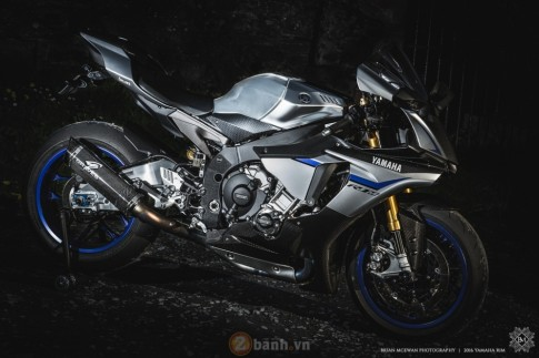 Yamaha R1M mạnh mẽ với loạt đồ chơi giá trị