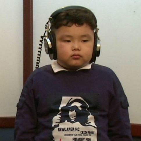 4 hot boy nhí con sao Việt để tóc xoăn yêu không cưỡng nổi