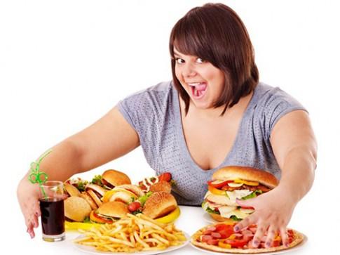 5 mẹo giảm cân nhanh chỉ bằng cách uống nước