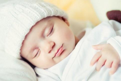 6 lưu ý 'sống còn' mẹ đừng ngại nhắc khách thăm trẻ sơ sinh