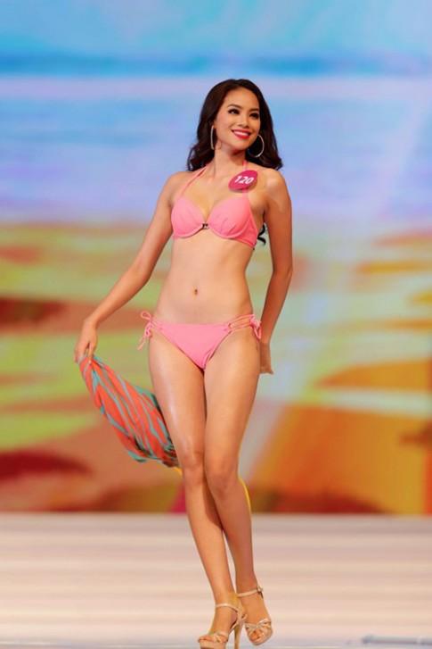 Các thế hệ hoa hậu Việt đọ dáng trong phần thi bikini