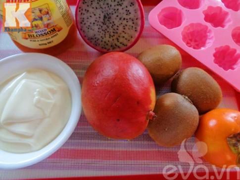 Cách làm sữa chua hoa quả mát lạnh, nhanh siêu tốc