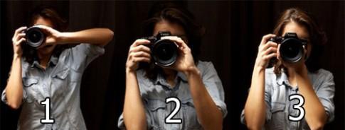 Cầm máy ảnh thế nào cho đúng?