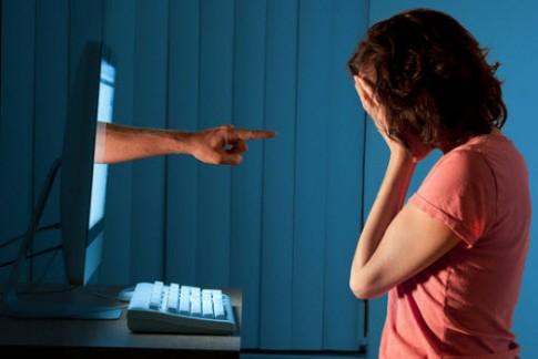 Chống quấy rối trên mạng internet