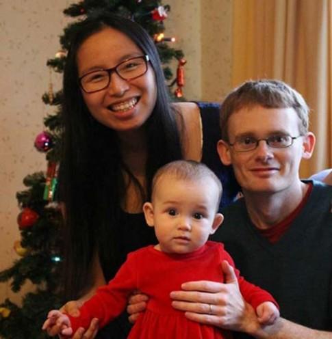 """Chuyện mẹ Việt ở Anh và anh chồng luôn gọi vợ là """"đồ ngốc"""""""