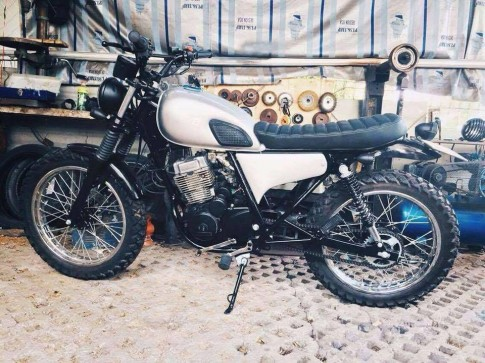 Daelim vs125 up brat track, tracker, cafe racer.
