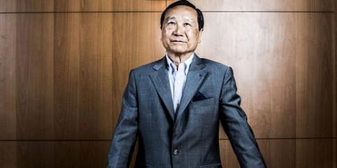 Đại gia gốc Việt mua hụt tháp Eiffel, tấn công sang khách sạn Nikko