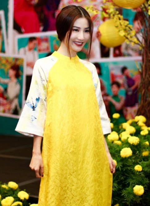 Diễm My 9X diện áo dài dự sự kiện gợi không khí Tết