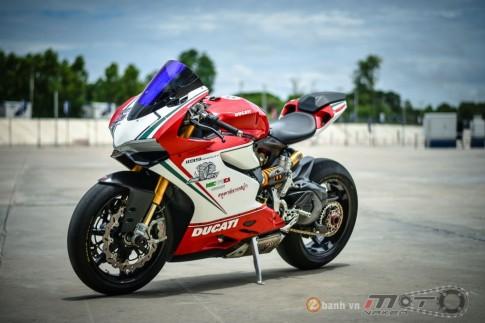 Ducati 1199 Panigale S đậm chất chơi với phiên bản đường đua