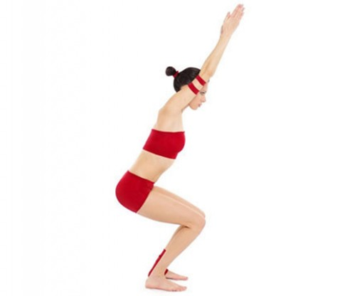 Giảm cân với 5 bài tập yoga tại nhà
