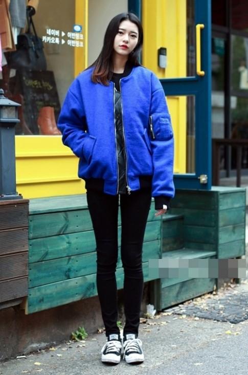 Giới trẻ châu Á mặc gì xuống phố những ngày đầu đông?