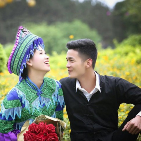 'Hạnh phúc tìm lại' của mẹ một con và chồng mới kém 11 tuổi