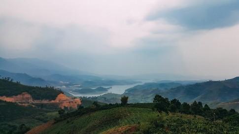Hồ Tà Đùng điểm hẹn mới cho dân phượt du lịch bụi