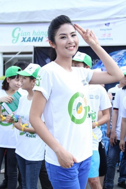 Hoàng My, Ngọc Hân giản dị tham gia hoạt động xã hội