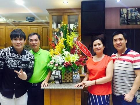 Khám phá biệt thự triệu USD của nam ca sĩ Khánh Phương