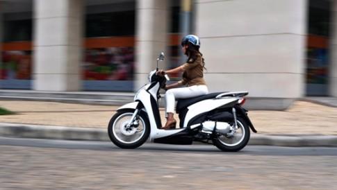 Kymco People 16Fi Dòng xe tiện ích mới dành cho Phái Đẹp